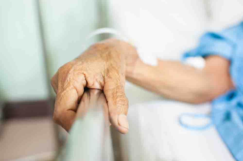 Elderly cancer patient, 79, died from brain injury after falls due to hospital's negligence