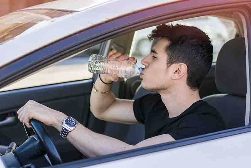 Drinking when driving – why keeping hydrated in scorching British summer is a must on the roads