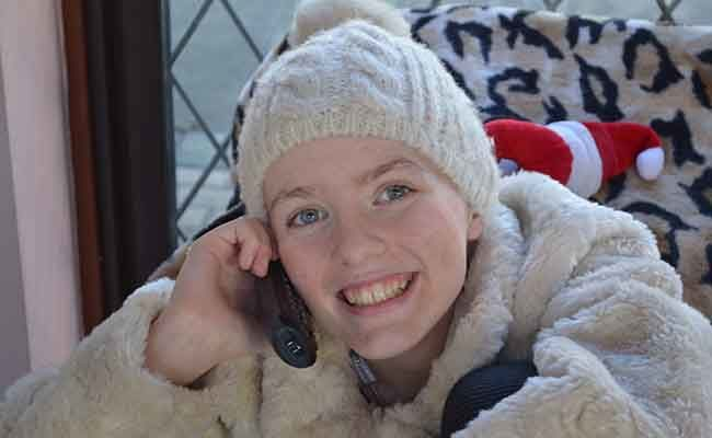 Mother of inspirational teenager who died of cancer donates damages settlement to charity to support other families