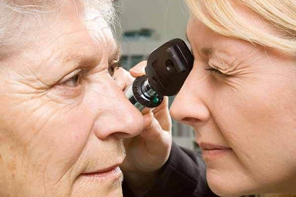 Hospital Trust and Specsavers agree £375,000 damages for woman who lost sight in left eye