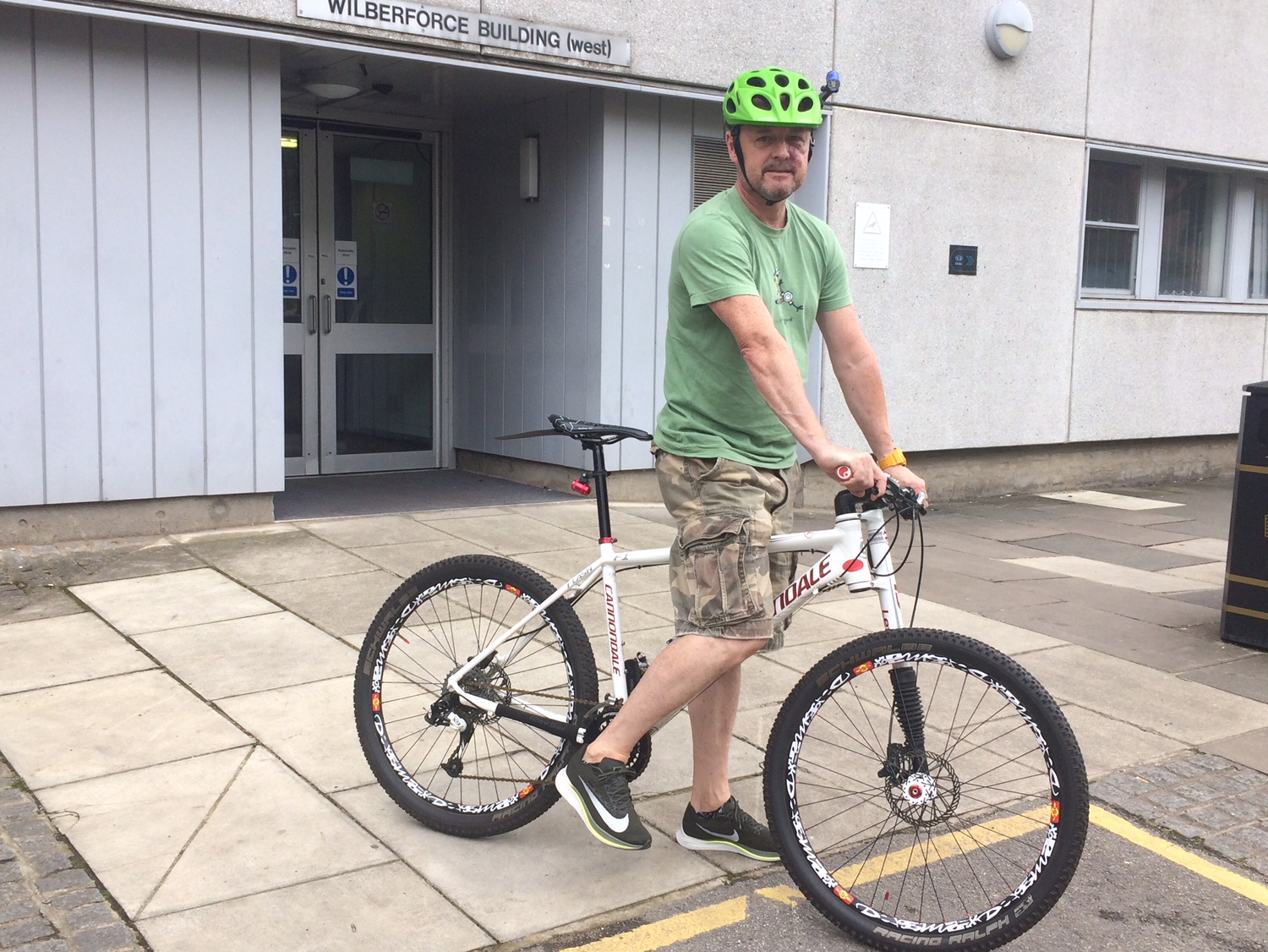 Physiotherapy and compensation for cyclist who suffered broken wrist when hit by car
