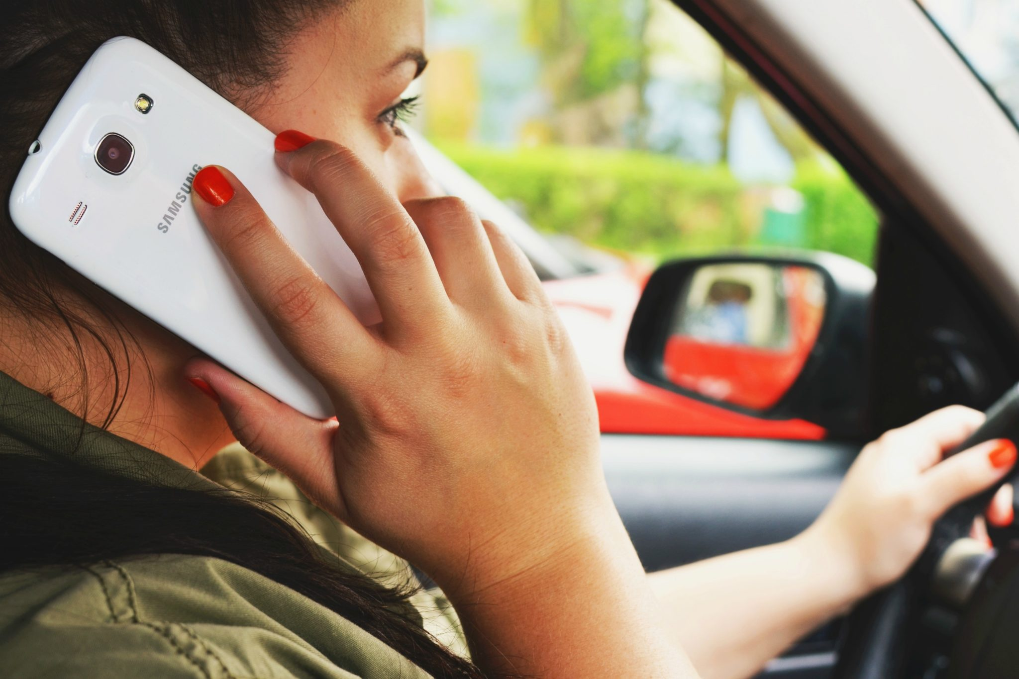 Hudgell Solicitors backs Brake campaign for ban on hands-free calls when driving