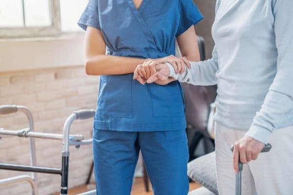 Doctors failed to diagnose elderly patient's fractured knee, causing four months of immobility which 'may have contributed to her death'
