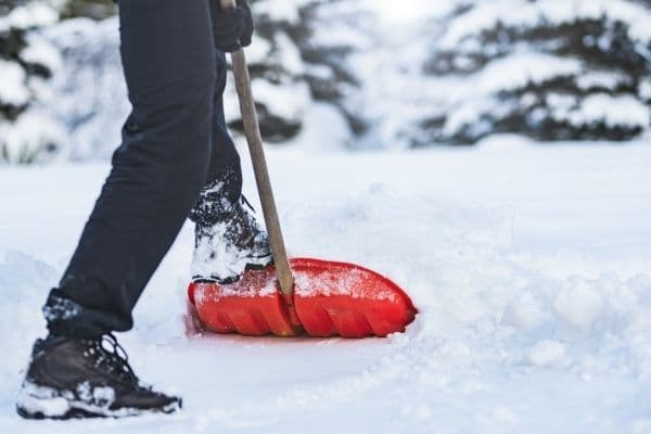 £17,000 damages for MoD employee following a fall at work after heavy snowfall