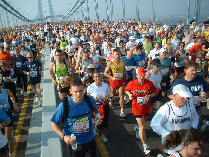 Hummber half marathon runners