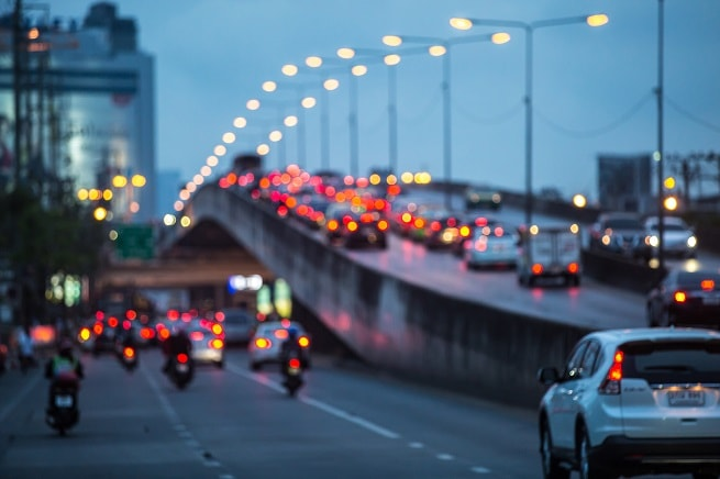 Traffic with brake lights | Highway Code Stopping Distances Woefully Inaccurate